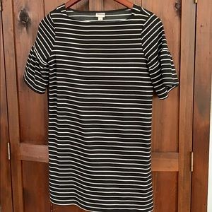black and white striped dress with ruffle sleeve